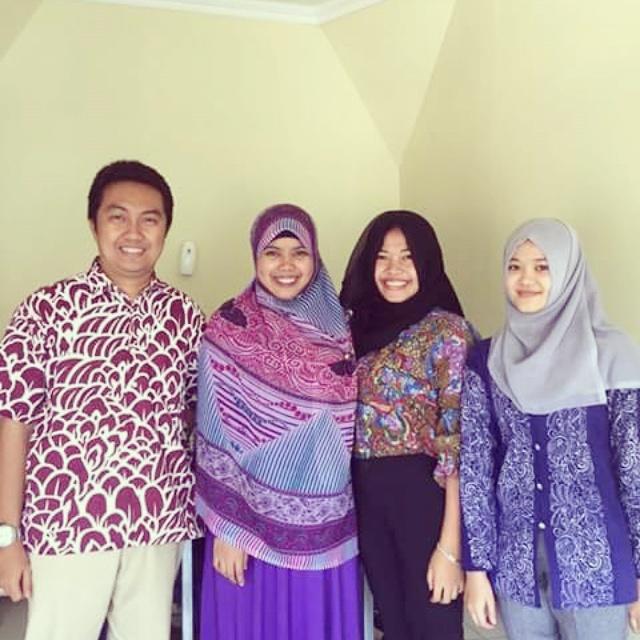 Bersama TIM Hijab