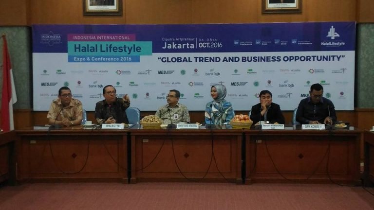 Persiapan Event Indonesia International Halal Lifestyle Expo & Conference 2016