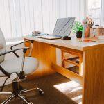 Pengaruh Meja Kerja Kantor