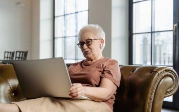 Menyiapkan Masa Pensiun Ala Ibu Rumah Tangga