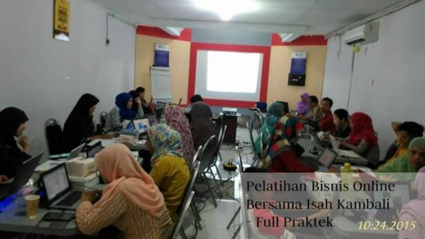 Jasa Pelatihan Bisnis Online Untuk Ibu Rumah Tangga dan Karyawan